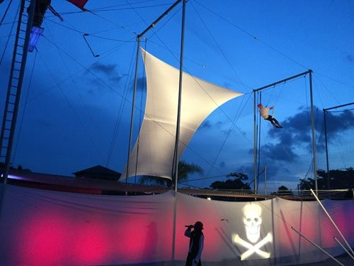 pirate-show-night-entertainment-show-review-club-med-sandpiper-bay
