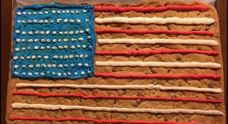 4th-of-July-Cookie-Cake-with-Buttercream-Icing-Recipe