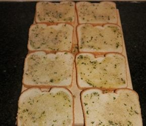 buttered-garlic-texas-toast-spread-image-cha-ching-queen