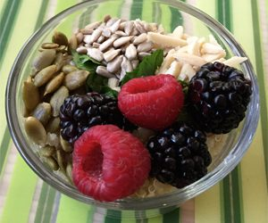 quinoa-breakfast-bowl protein healthy breakfast