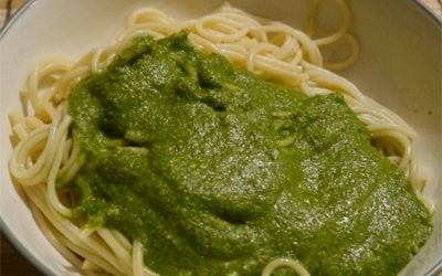 healty-pesto-with-protein-recipe-spinach-almonds.jpg