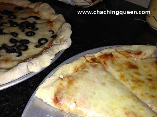 Oct 30, · Now have the kids splash a little pizza sauce on to each crust and spread it around with the back of a spoon. Top with a handful of mozzarella cheese and whatever else you fancy. 🙂 Bake at for minutes (large pizza) or minutes (smaller pizzas).