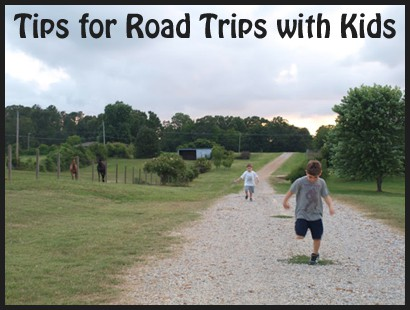 Quick guide road trip planner for happy family travel tips - road trip USA