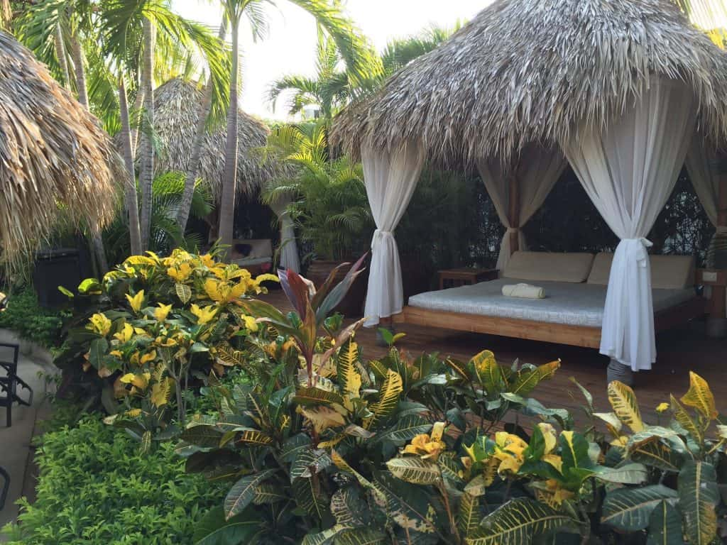 Jardin del Eden hotel review costa rica pool cabana