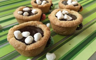 How to Make Mini Hot Chocolate Cookie Cups -Recipe