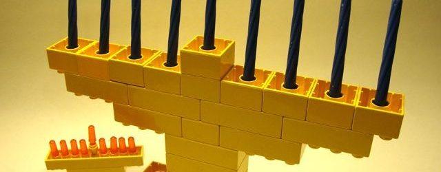 Lego-Duplo-Menorah-DIY-Homemade-Kids-Hanukkah-1