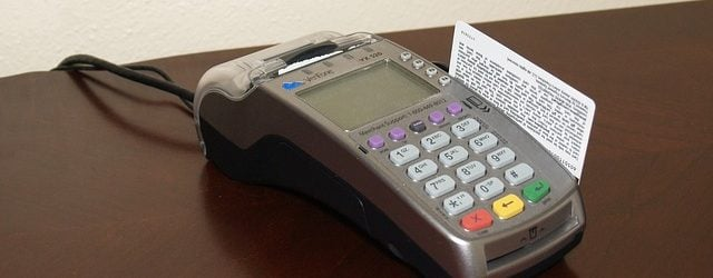 credit-card-machine-1776539_640