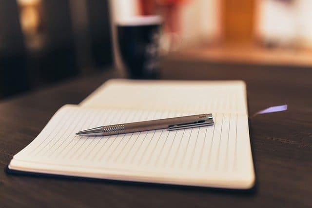notepad-926046_640 (1)