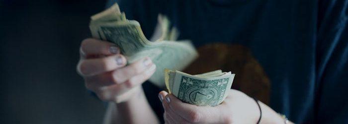 counting money dollar bills