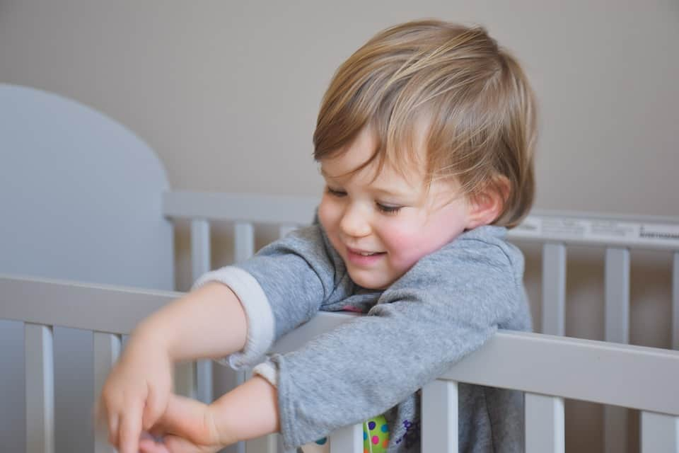 6 Things to Look for When Buying a Baby Crib
