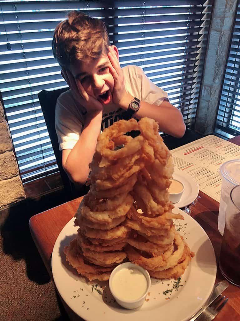 austin food blogger restaurant review - Cheddar's Scratch Kitchen