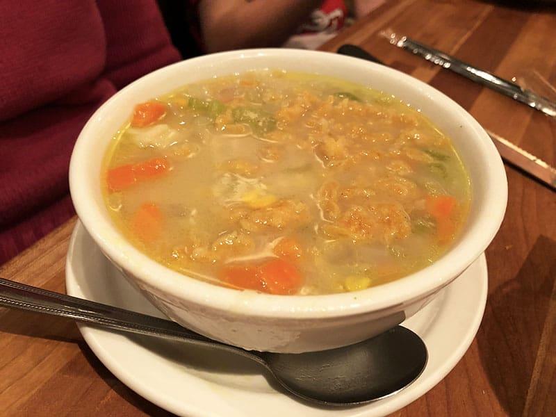 New Cheddar's Restaurant Menu 2019 - Crispy Chicken Tender Noodle Soup Review