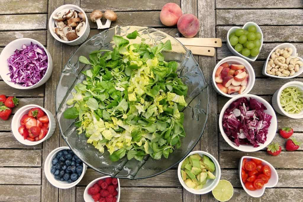Can Nutritional Deficiencies Cause Depression? Image of Salad