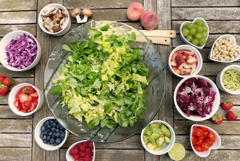 Can Nutritional Deficiencies Cause Depression? Image of Salad