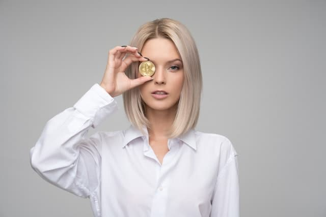 woman button up white blouse